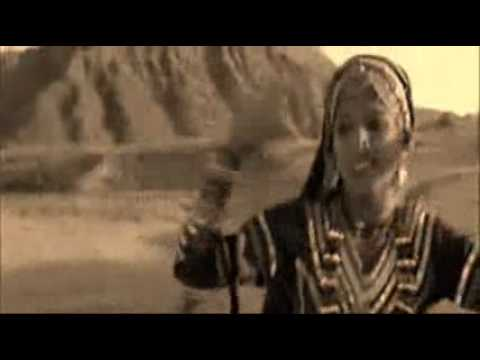 Ecstatic Gypsy desert song and dance