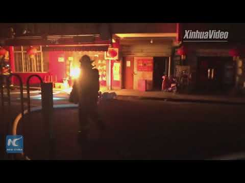 Remarkable! Chinese firefighter removes burning gas cylinder from restaurant on fire