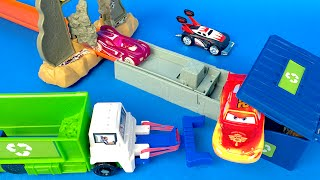Hotwheels Trash Basher Garbage Truck - Load and Dump Garbage with Disney Cars McQueen