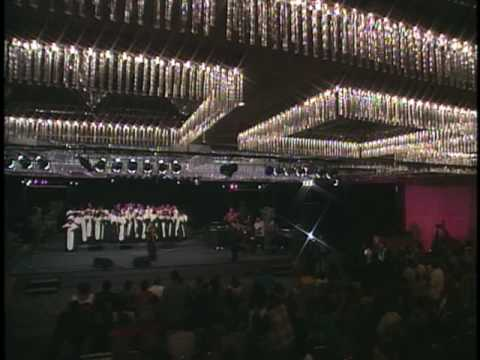 I'll Fly Away - Hezekiah Walker & LFCC