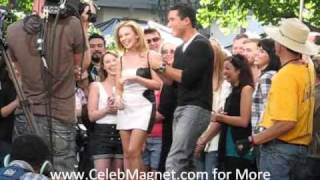 Kylie Minogue learns Mario Lopez' dance steps from Dancing with The Stars!