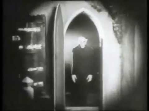 Nosferatu Szene mit ungewöhnlicher Musik
