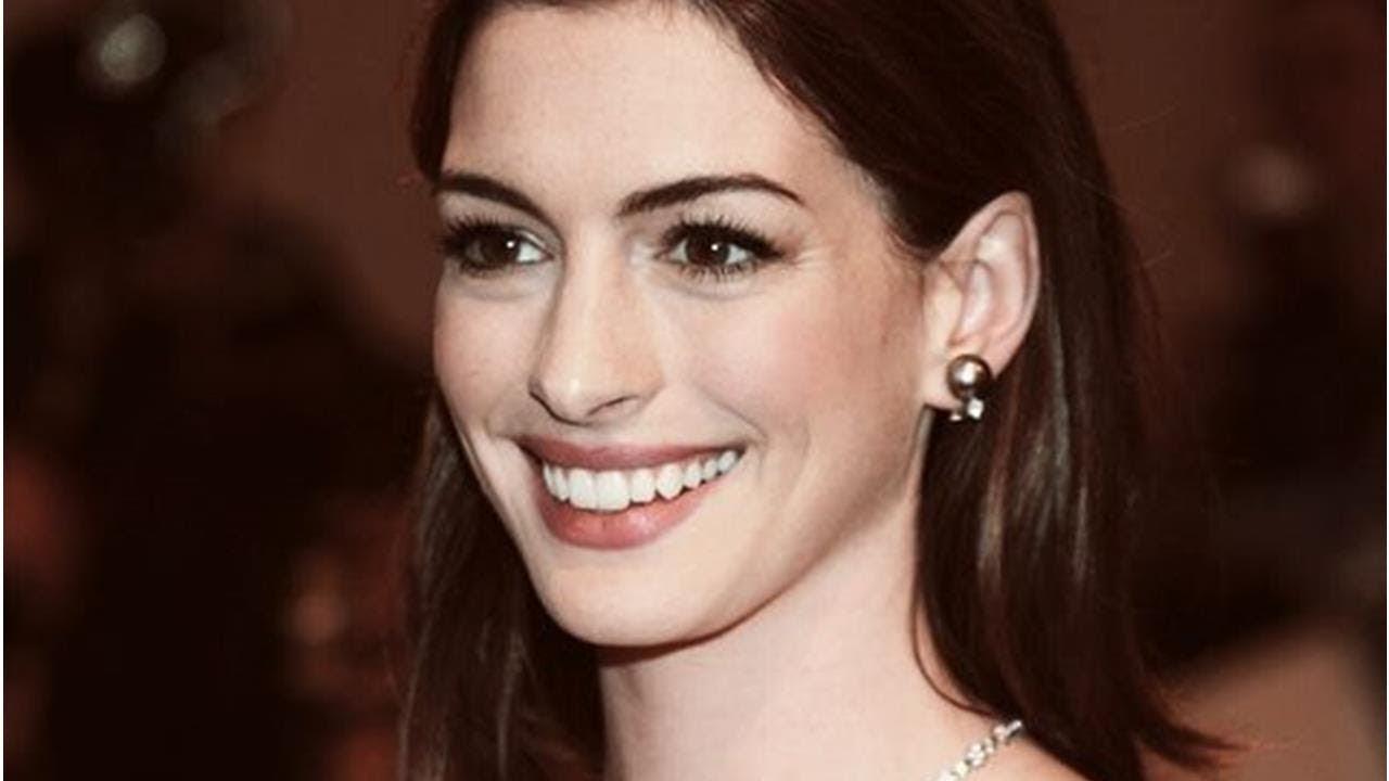 Se Filtraron Fotos De Anne Hathaway Completamente Desnuda