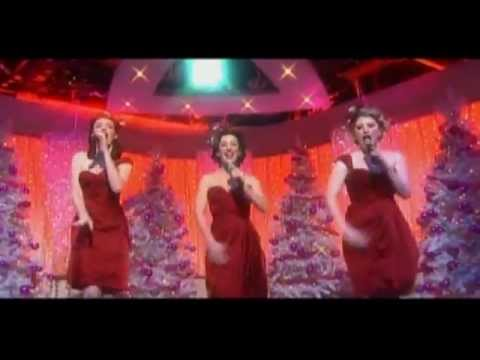 Christmas With The Puppini Sisters (2010)