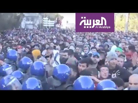 تظاهرات الجزائر.. كيف وصلت إلى مواقع التواصل  - نشر قبل 4 ساعة