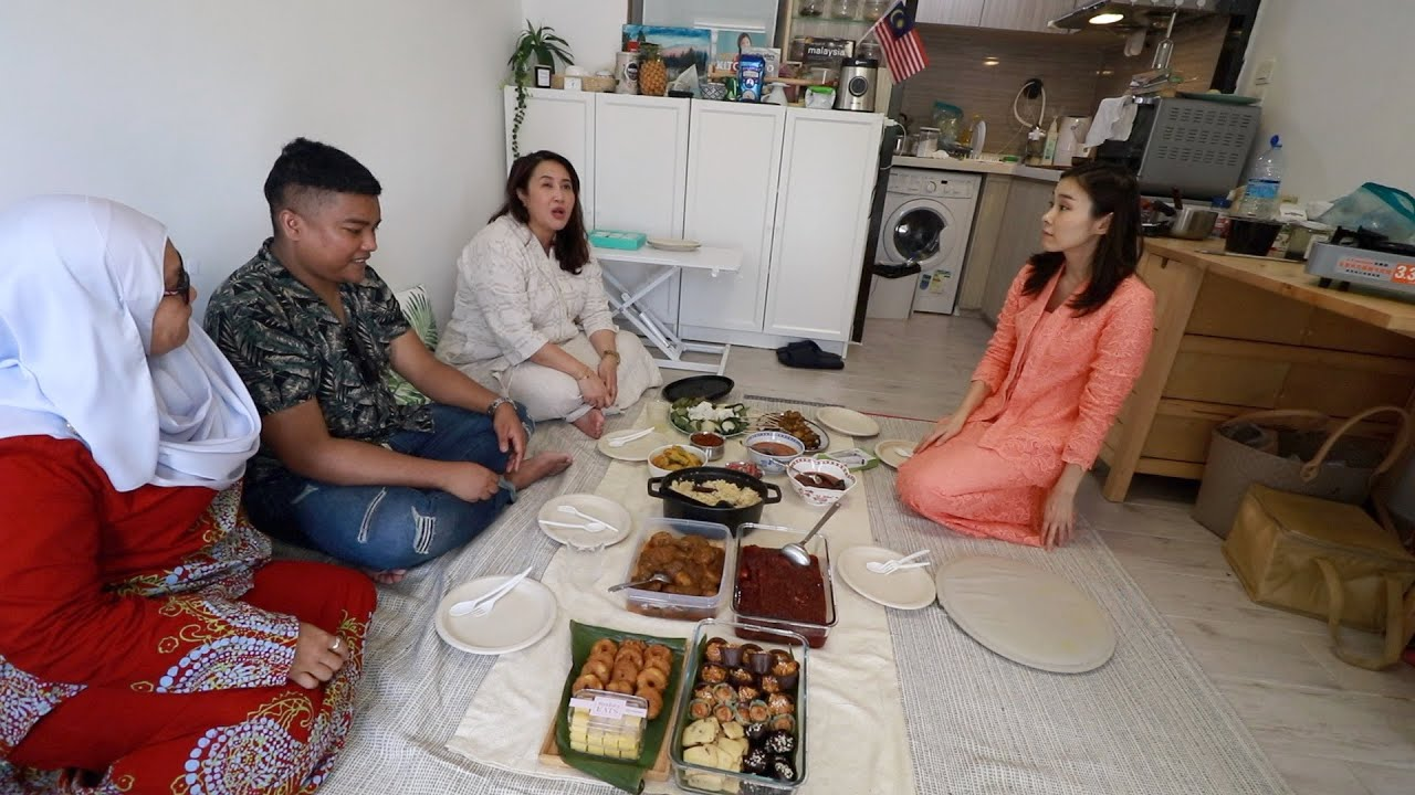 """What will happen if Japanese host """"Hari Raya Open House"""" for Malaysians?"""