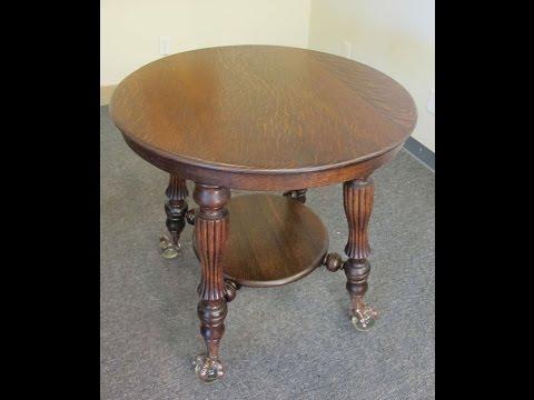 Fabulous Oak Round Parlor Table