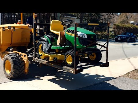 John Deere E180 25hp Lawn And Garden Tractor Being Delivered