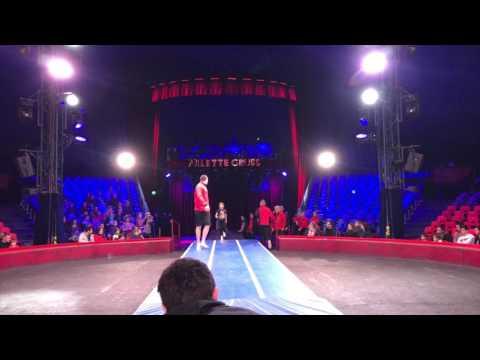 Aujourd'hui, une grande première sous le chapiteau du cirque Arlette Gruss