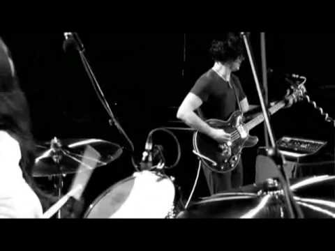The White Stripes - Under Nova Scotian Lights - 25 My Doorbell