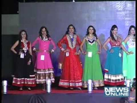 Rajkot:Fashion show in kalavad road
