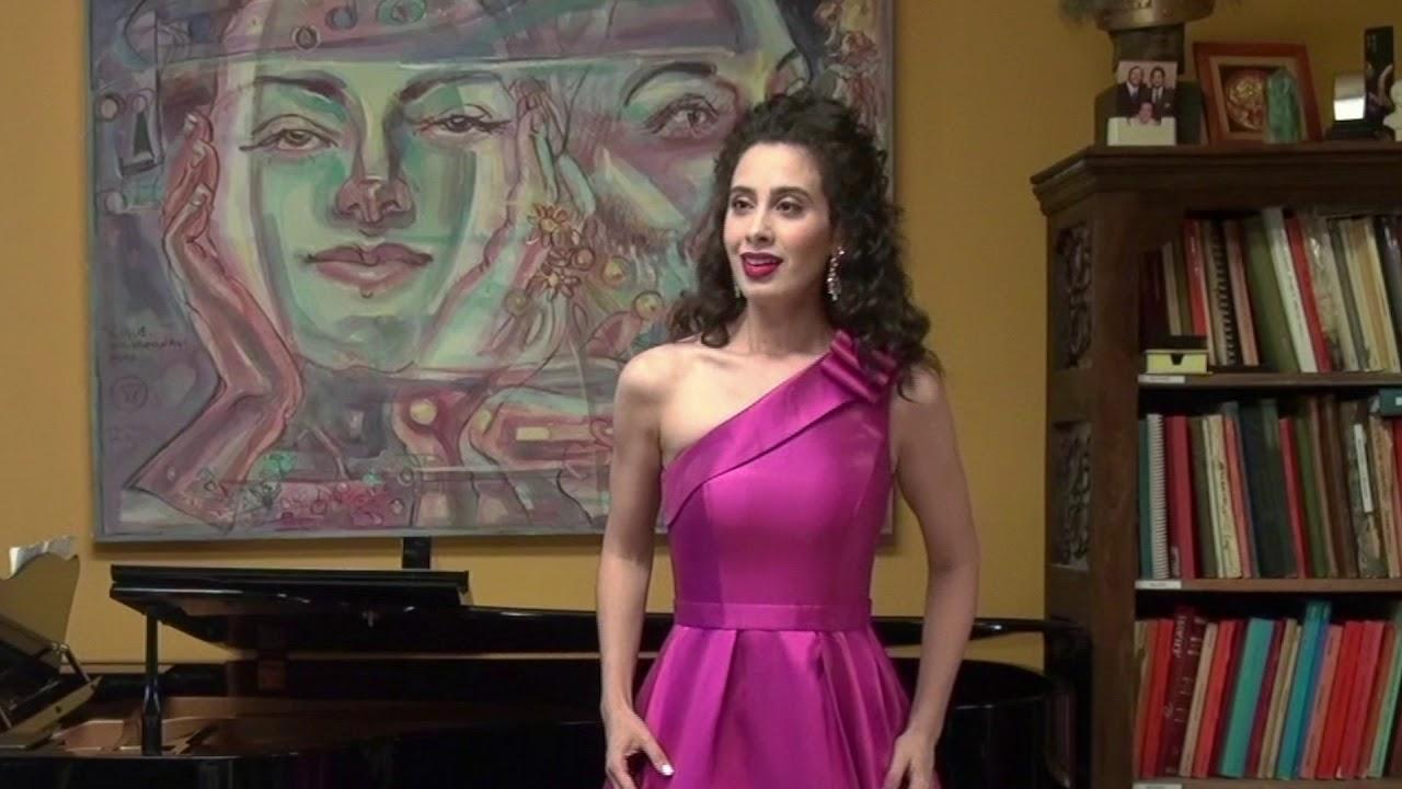 Deh vieni non tardar from Le nozze di Figaro by Mozart