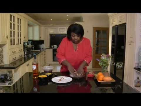 how-to-make-jamaica-ginger-cake-trifle,-with-mcvitie's-jamaica-ginger-cake-&-rustie-lee