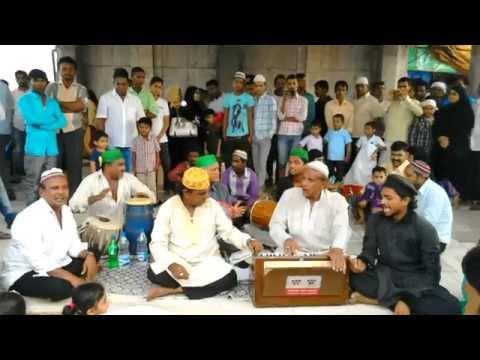 Haji Ali Durgah - Sufi Singers singing Jholi Meri Mohabbat