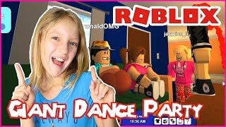 Dance Party with Ronald and Friends / Roblox RoCitizens