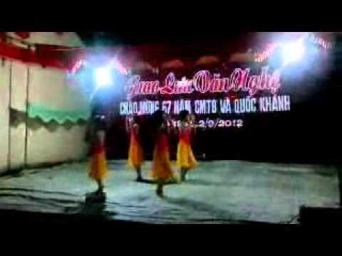 MÚA TRỐNG CƠM - thiếu nhi Phong Lạc 1.flv