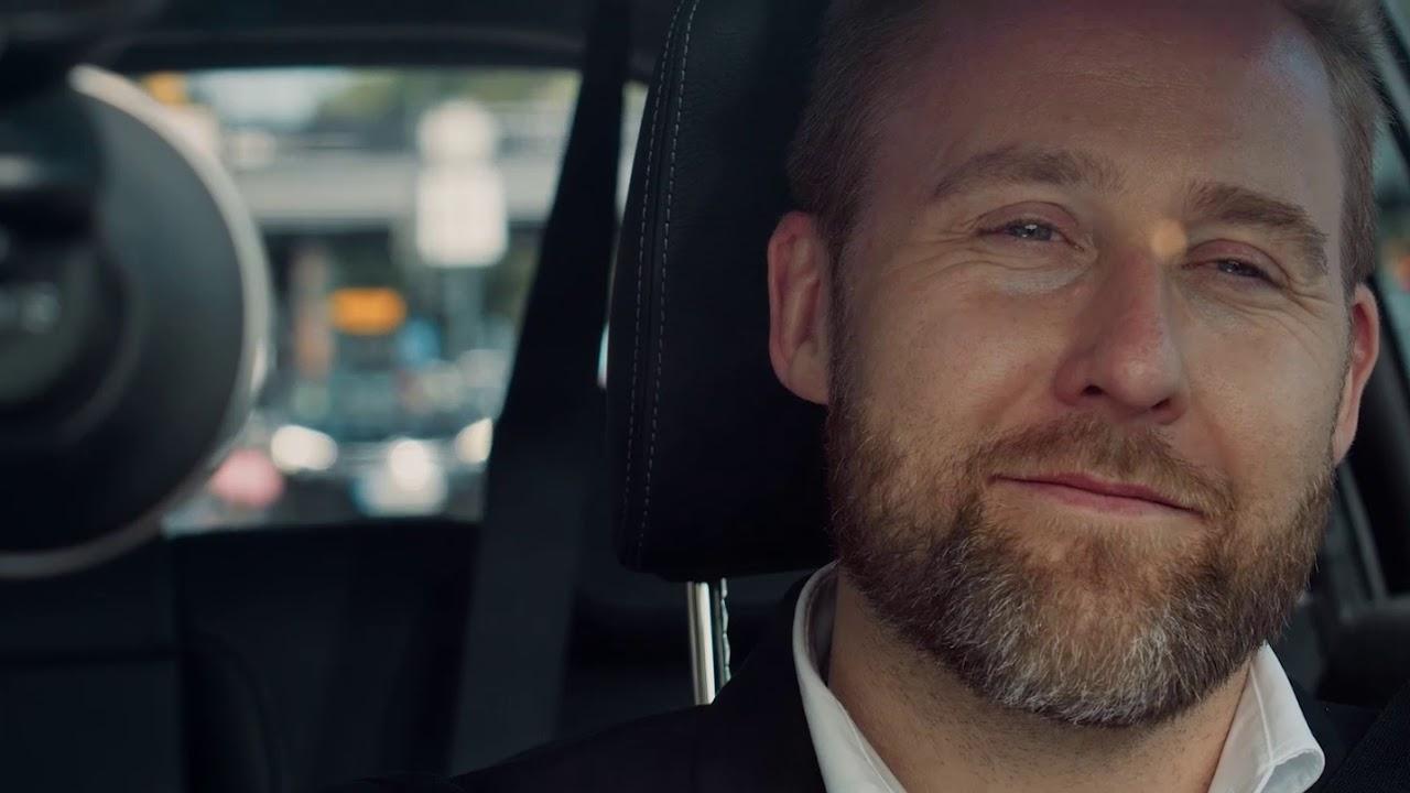 Video: Chris, der Sprachassistent für jedes Auto!