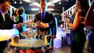 Пирамида шампанского, коктейли, бармен шоу