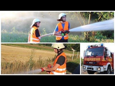 Feuerwehr Soest wegen Hitze im Einsatz: Mit Schläuchen Blumen bewässert