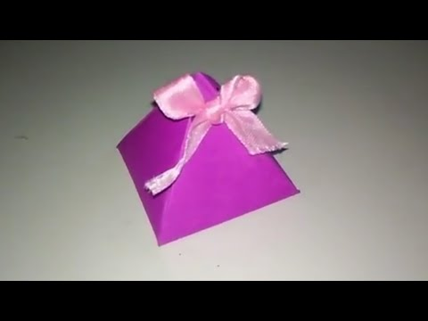 Paper Pyramid Gift Box - How To Make A Triangle Shaped Gift for Christmas - Gift Wrapping Idea