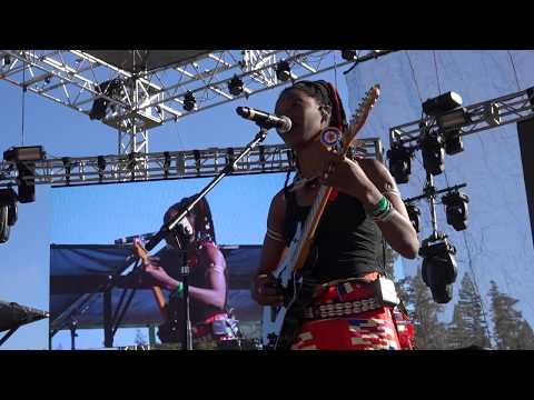 Fatoumata Diawara - Reggae on the River [6 Aug 2016]