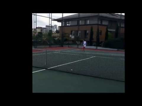 Özgür dede L'ist istinye tenis :)