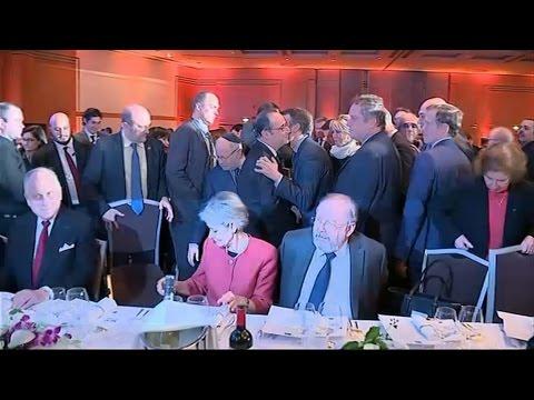 François Hollande tacle l'alliance Macron-Bayrou au dîner du Crif
