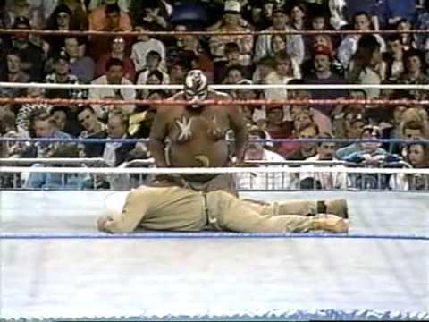 Kamala vs. Kim Chee WWF March to WrestleMania IX 1993 thumbnail