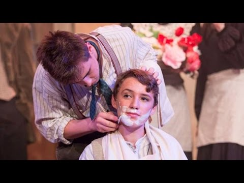Teens Accidently Get Throats Slashed By Knife During 'Sweeney Todd' Play