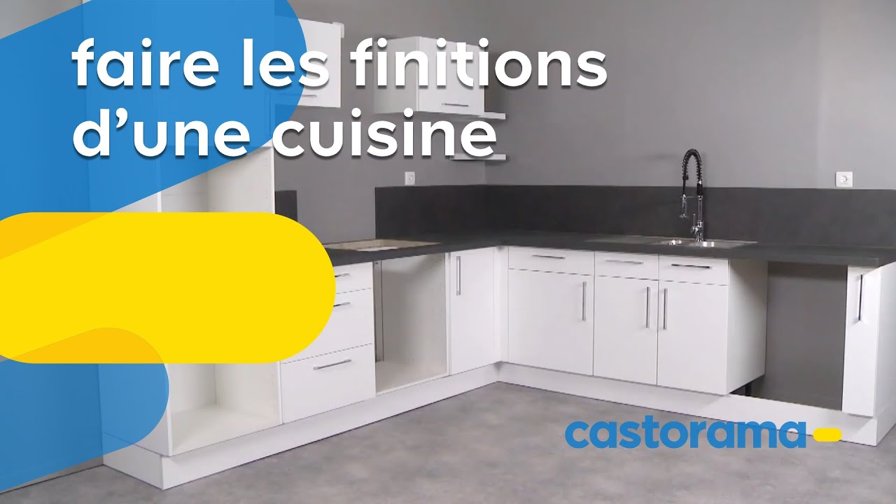 poser portes tiroirs et poign es sur les meubles de cuisine castorama youtube. Black Bedroom Furniture Sets. Home Design Ideas