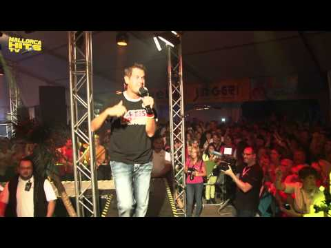 Peter Wackel Scheiss Drauf Malle ist nur einmal im Jahr - Mallorca Hits 2014 (Live)