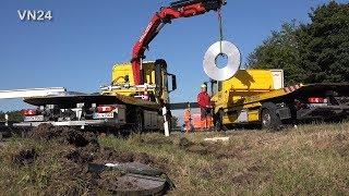 29.05.2019 - VN24 - Ladung Stahl-Coils brechen durch LKW Bordwand im Autobahnkreuz Werl