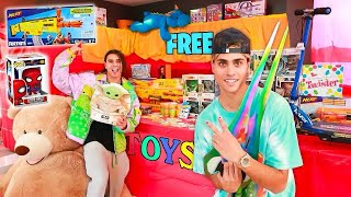 WE OPENED A FREE TOY STORE IN OUR HOUSE!