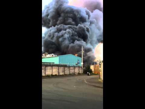 Scrap Yard Fire Birmingham Part 2