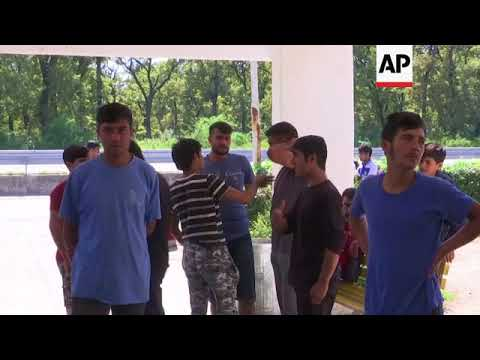 Croatian police accused of forcing migrants back to Serbia
