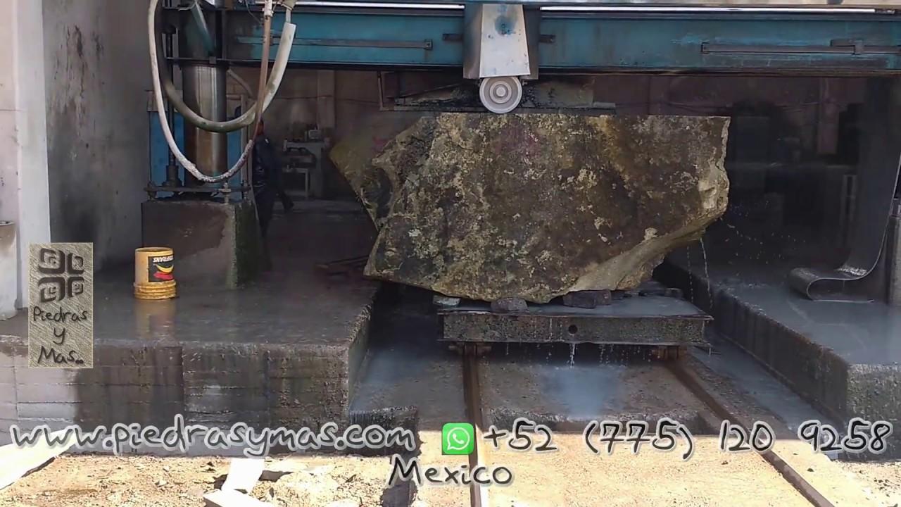 Onix marmol cantera travertino piedra volcanica for Piedra volcanica