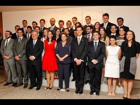 Dilma discursa na formatura da turma 2012-2014 do Instituto Rio Branco