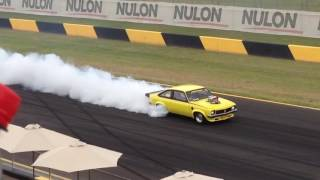 Burnouts & Powerskids! Best of powercruise 60