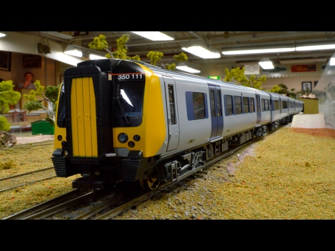 Bachmann 8-Car Silverlink Class 350 – Model Railways