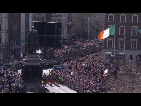 Easter Rising Centenary parade takes place in Dublin