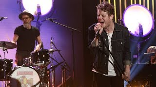 Anderson East Performs