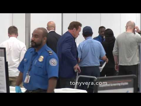 Arnold schwarzenegger bodyguards VS Axl rose bodyguards in TSA