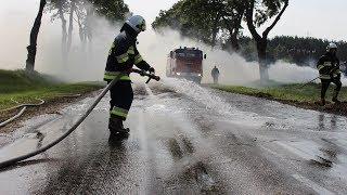 Pożar na drodze krajowej 63 Łomża - Zambrów