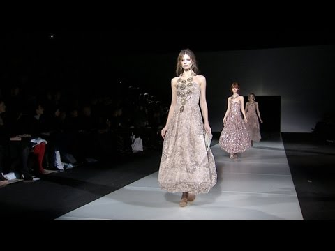 Giorgio Armani – 2011 Fall Winter – Womenswear Collection