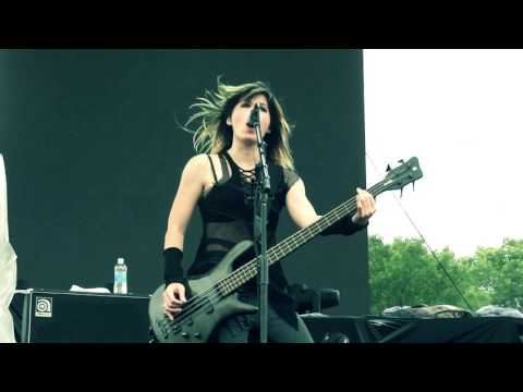 Sick Puppies - Black And Blue Live HD