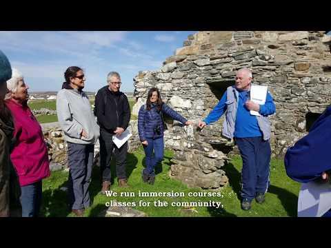 Ionnsachadh Gàidhlig le Ceòlas Uibhist | Gaelic learning in Uist