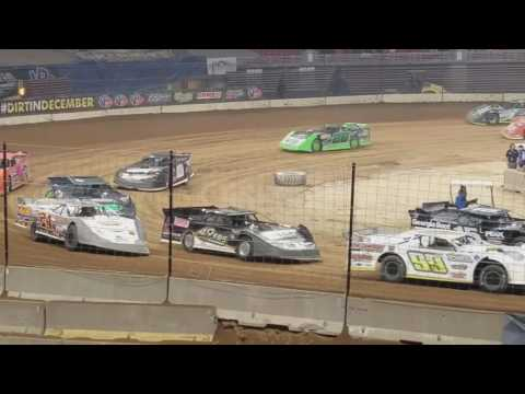 12/17/2016 Gateway Dirt Nationals Super Late Model A-main in the dome. $20,000 to win