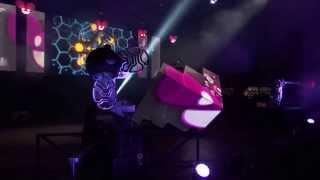 Hatiras & DJ Bam Bam - Thrill Her [deadmau5 - Live @ Made In America Festival 2013]