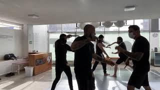 CUCHILLO 🔪 CMBTVS  miembros de clase
