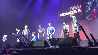Jooheon and kihyun doing the dance in 'because of you' - monsta x (몬스타엑스) [afas amsterdam]